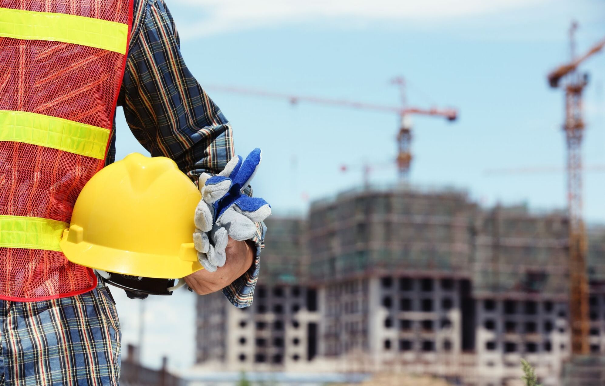 7-key-checks-construction-health-and-safety-professionals-forget-safetybank-01